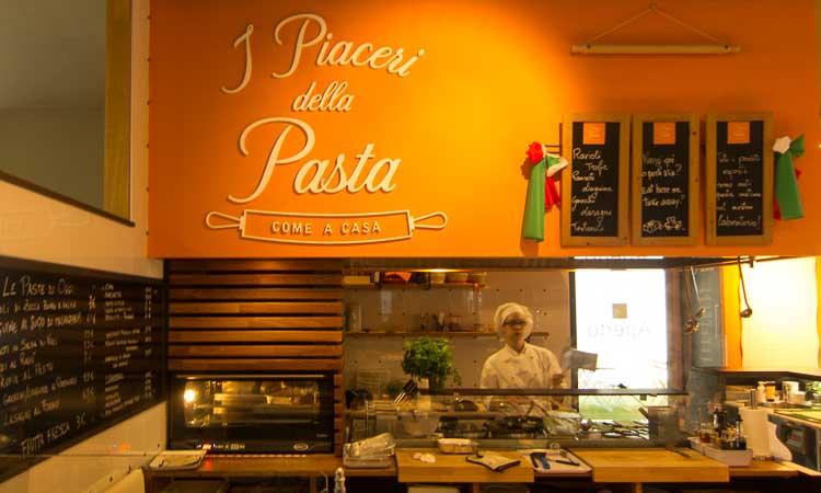 pasta restaurant picture