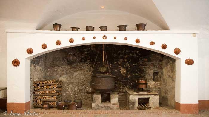 manta castle kitchen