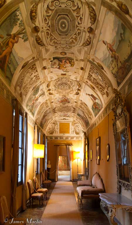 manta castle hall
