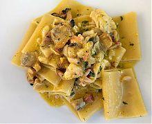 pacceri pasta with seafood carbonara