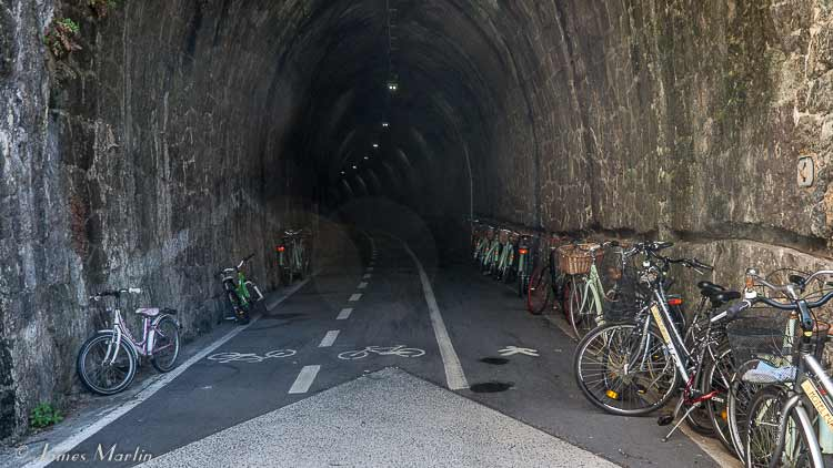 bike tunnel