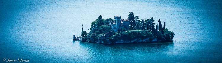 lake iseo island