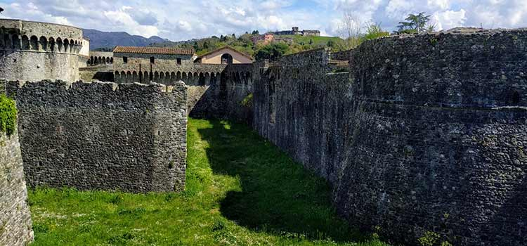 sarzana castles