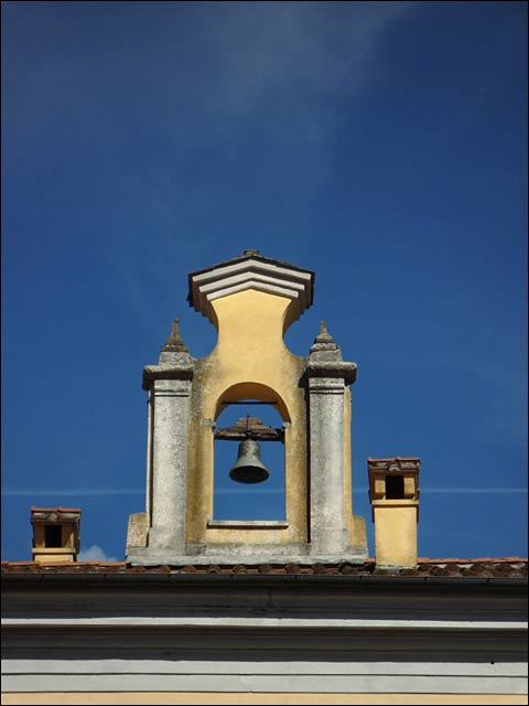 Pontremoli Symmetry