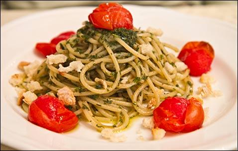 spaghetti with thyme pesto