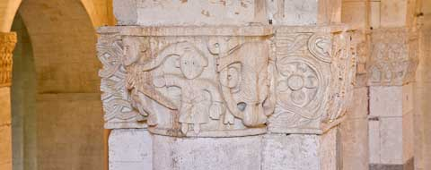 abbey santa croce column capitals picture