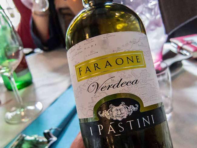 verdeca wine picture