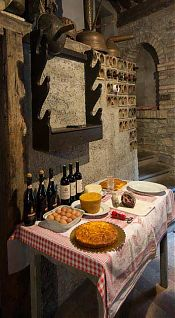 marche easter table picture