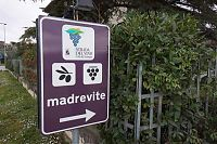 madrevite sign picture