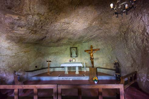 chapel carved from rock picture