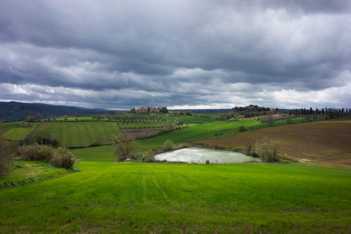 umbria countryside picture