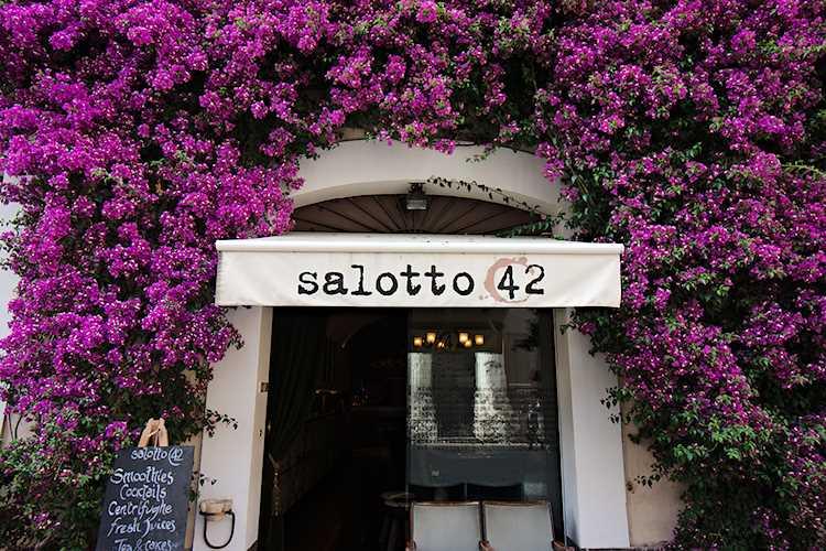 salotto 42 picture
