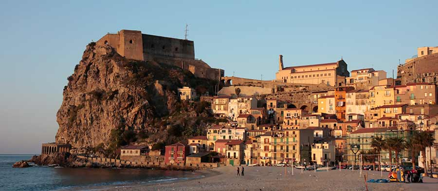 Calabria Cities Map and Travel Guide Wandering Italy